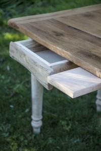 dettaglio-tavolo-giardino
